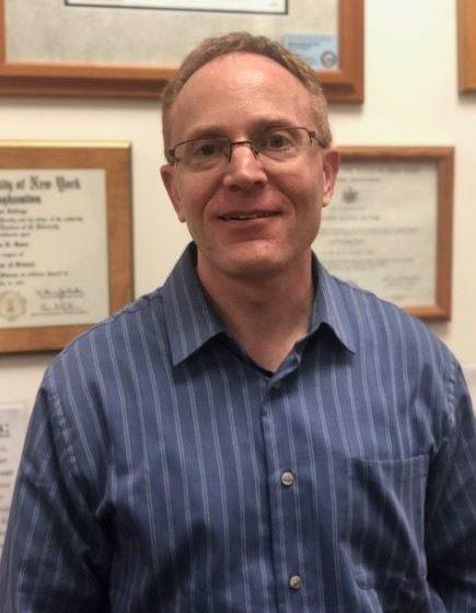 Dr. Glenn Roter – Independent Optometrist